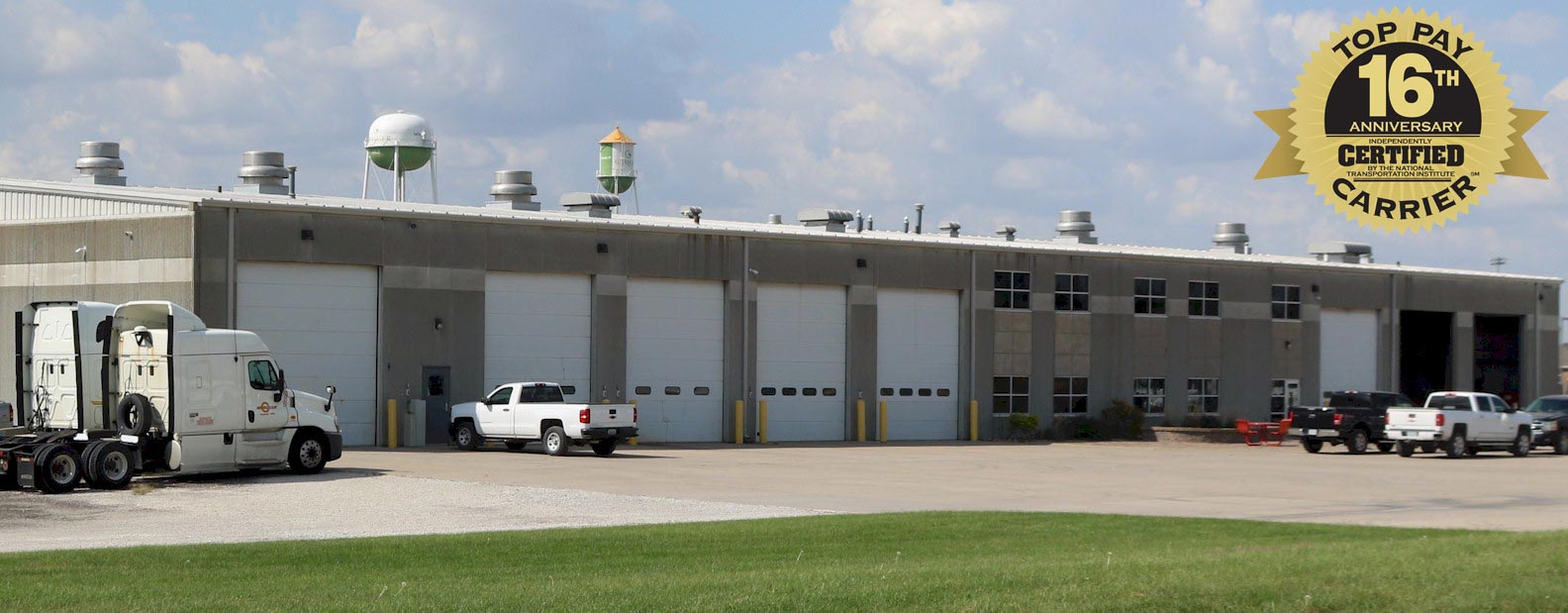 Barr-Nunn Granger, IA truck terminal building in the Des Moines, IA area showing service bays